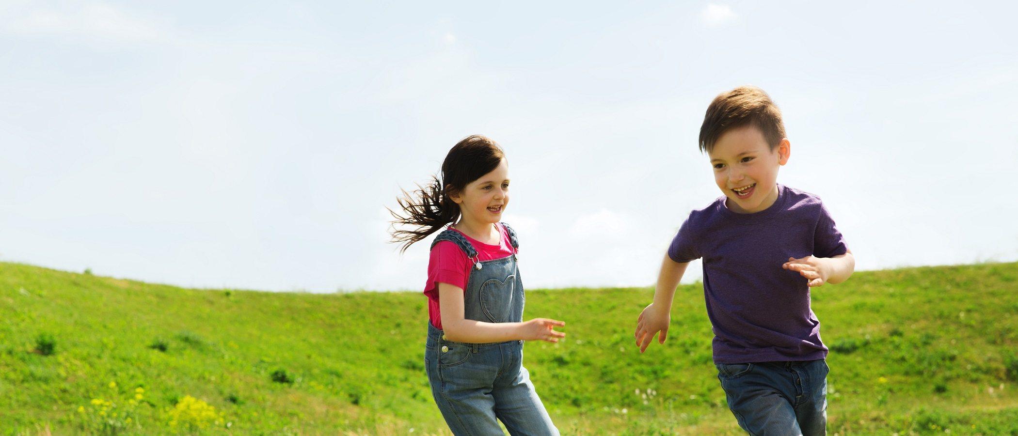 ¿Jugar para ganar o dejar que ganen los niños?