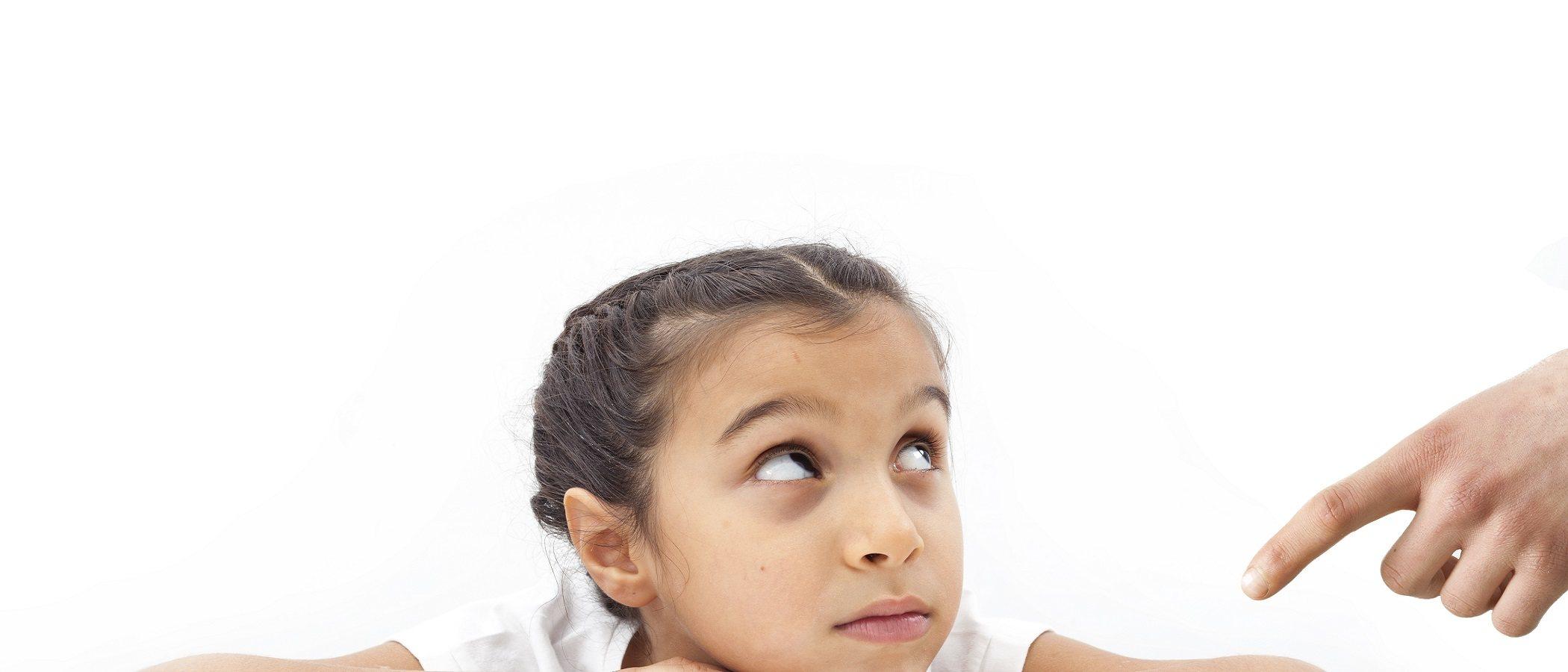 Pasos para crear una tabla de comportamiento eficaz para tus hijos