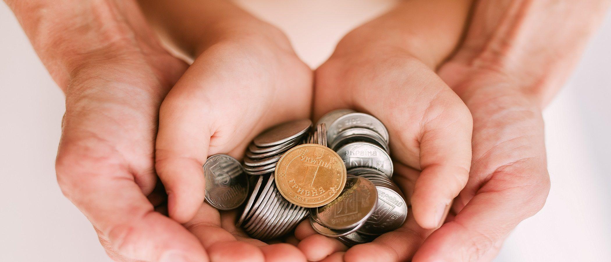 ¿Debes dar dinero a tus nietos? Cómo hacerlo de forma inteligente