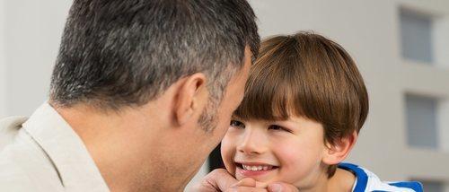 No obligues a tu hijo a dar ni darte besos y abrazos
