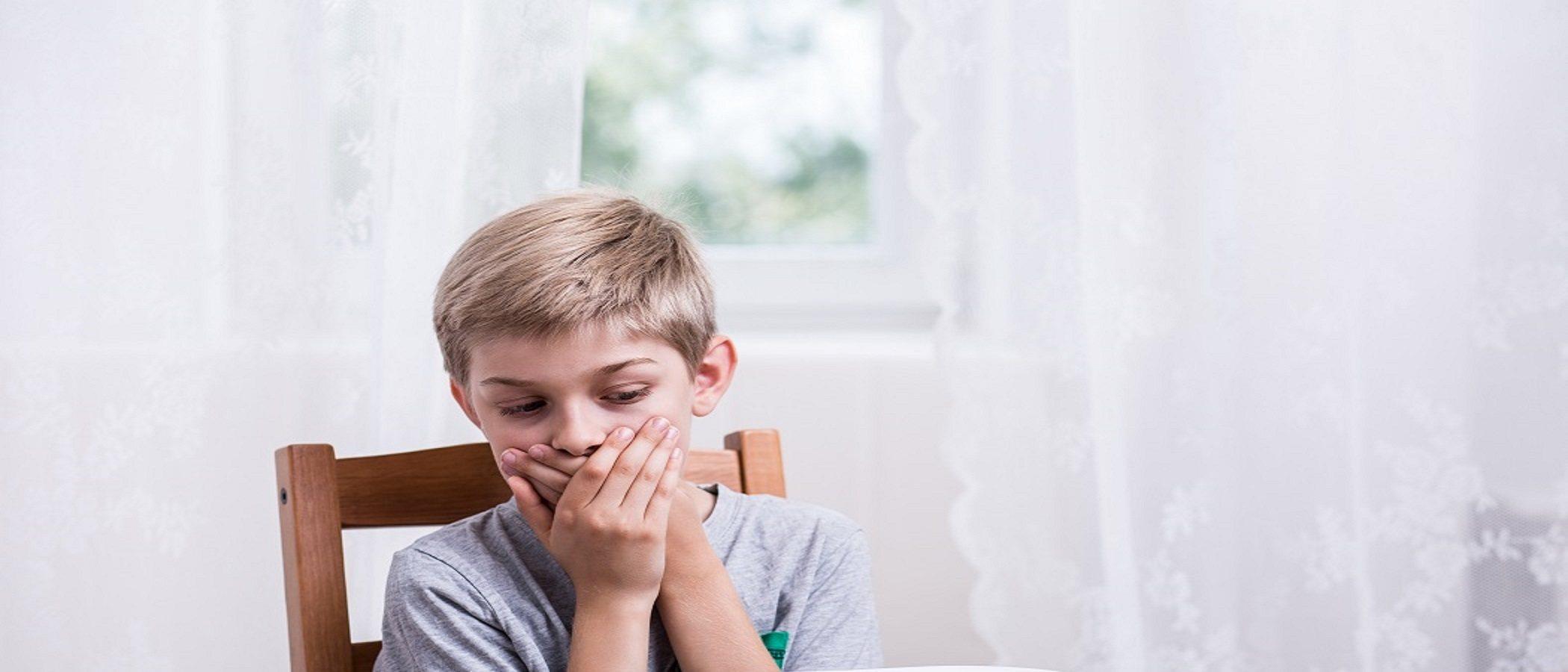 Cómo prevenir los vómitos frecuentes en niños pequeños