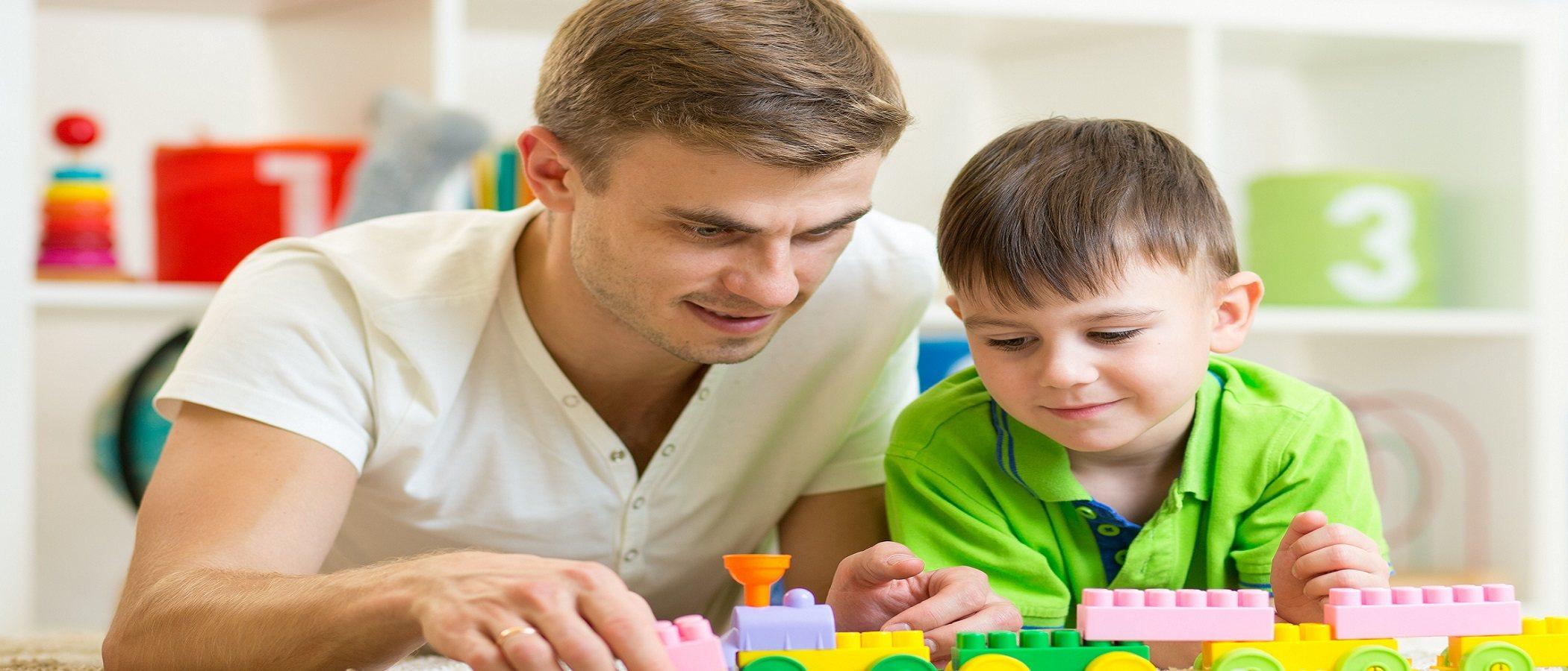 Ayuda a tus hijos a equilibrar el tiempo de pantalla con su vida real