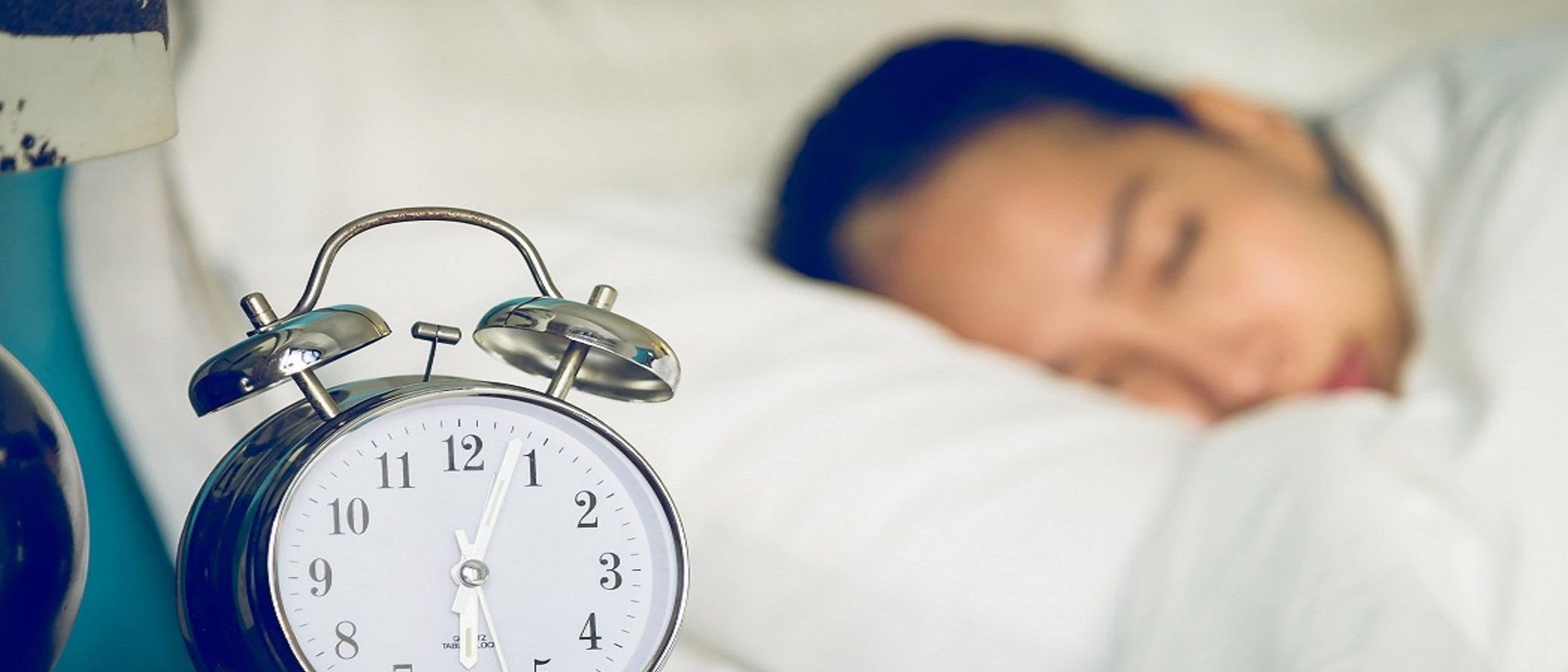 Durmiendo más tendrás una crianza más feliz y con menos estrés