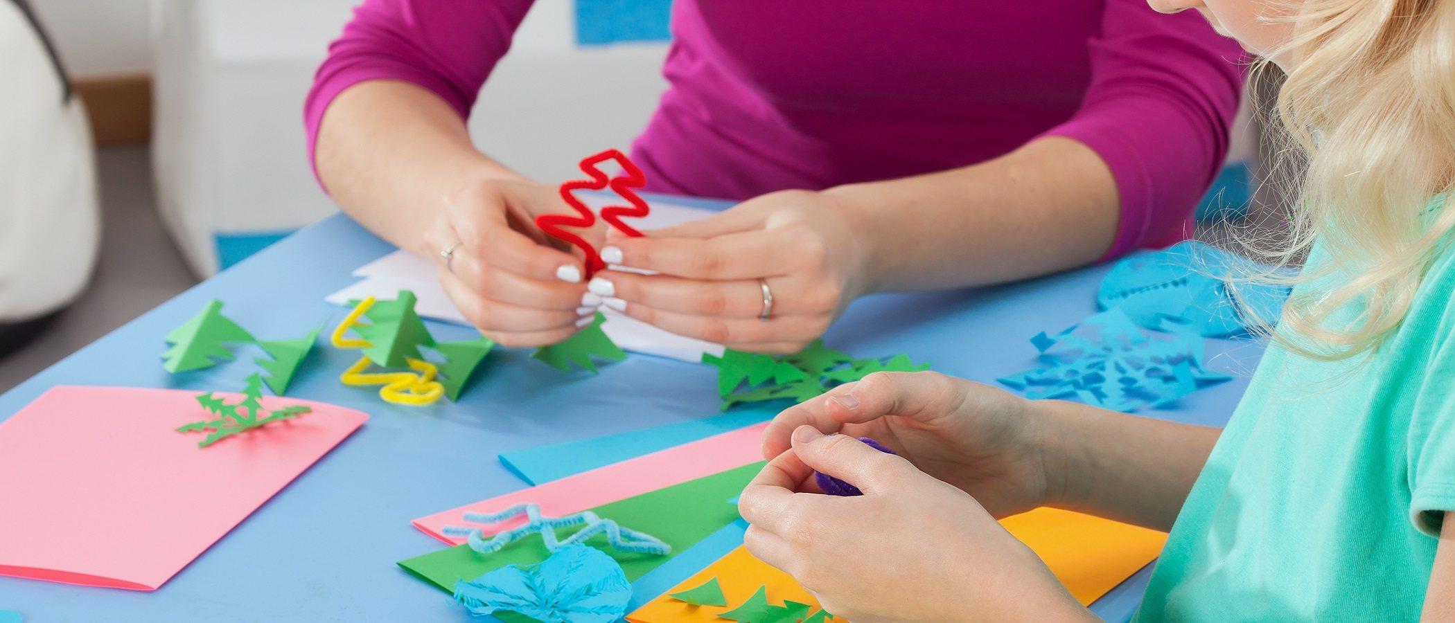 Cuáles son los beneficios de las manualidades en los niños