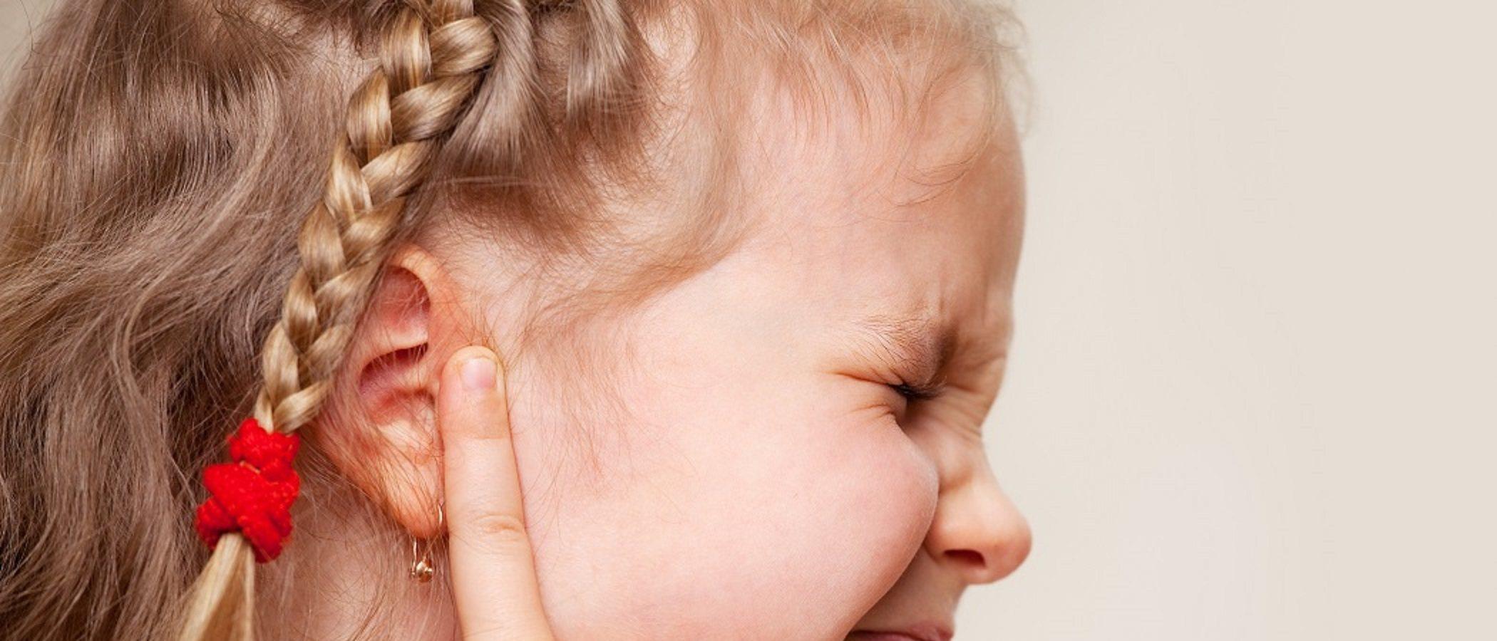 Infección de oído y equilibrio en niños pequeños