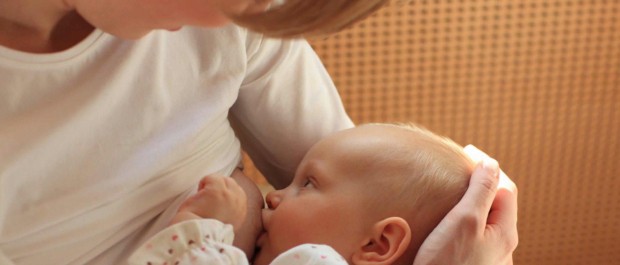 Cuáles son los reflejos en los bebés