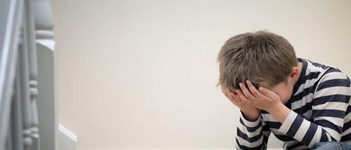 Por qué los niños pequeños tienen miedo a los extraños