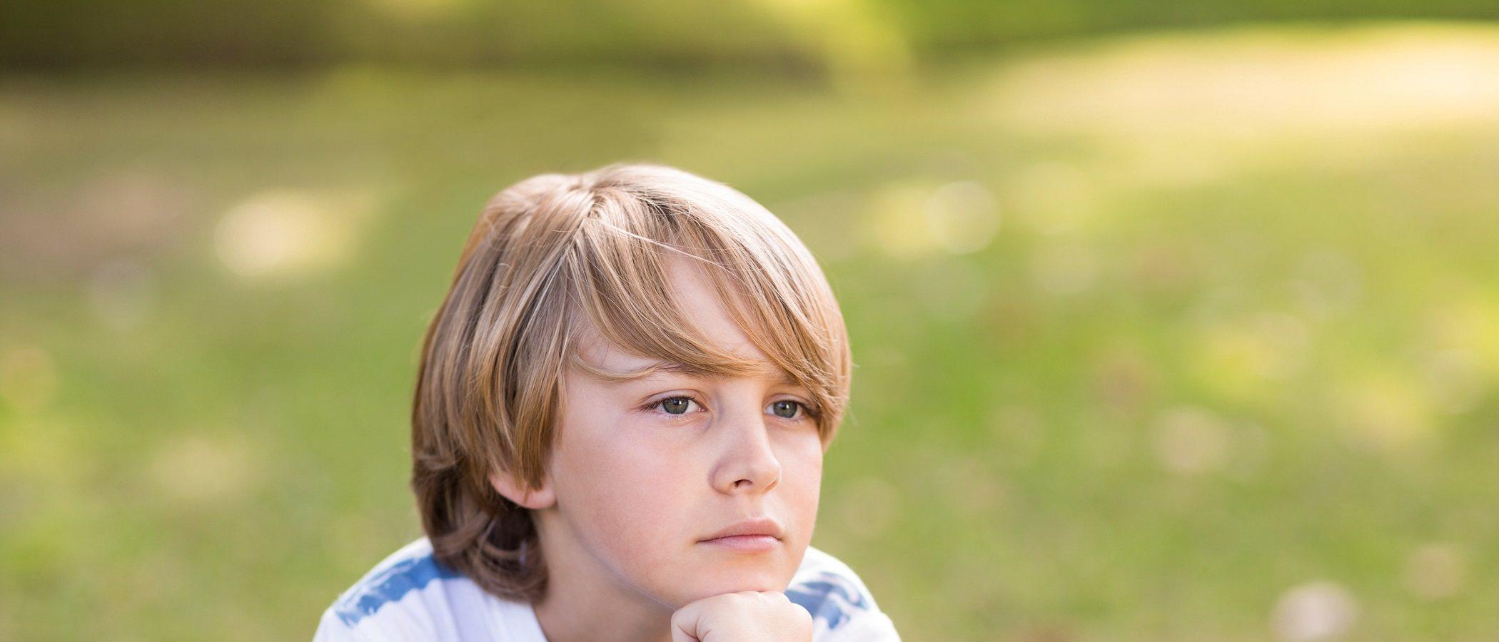 Cómo abordar los pensamientos intrusivos en niños