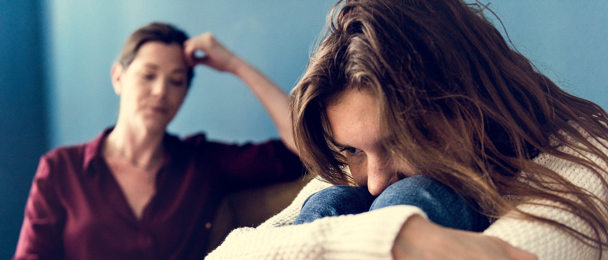 Adolescentes que no respetan las normas ni la autoridad de los padres