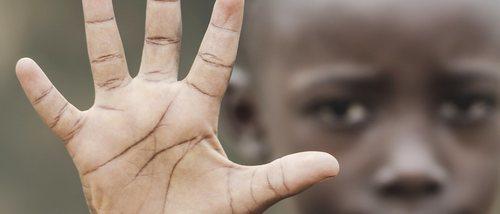 Discriminación racial y desarrollo emocional adolescente