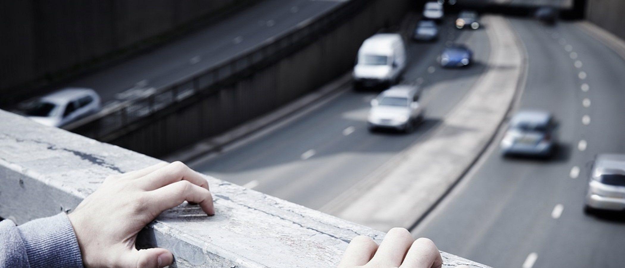 Causas comunes del suicidio en la adolescencia