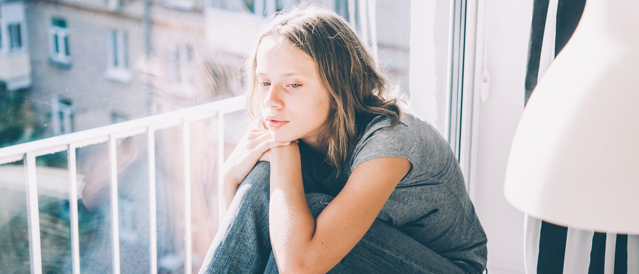 Cómo afecta la pobreza a los adolescentes