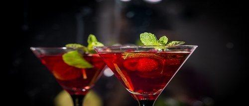 6 cócteles sin alcohol para brindar en Nochevieja en familia