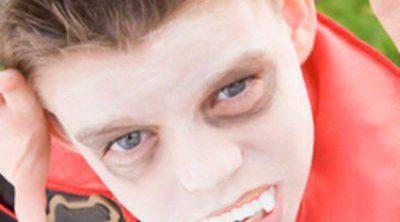 Complementos para niños en Halloween: dientes postizos y sangre