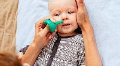 Los 5 errores más comunes a la hora de realizar el lavado nasal a los bebés