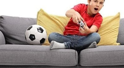 El tiempo de pantalla en los hijos, ¿los padres deben cambiar su perspectiva?