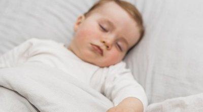 Cuánto duerme un bebé de 8 meses