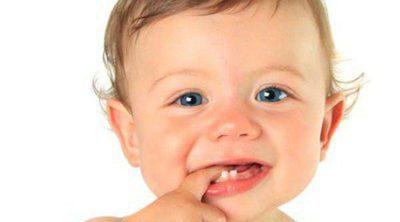 Cuándo salen y cuándo caen los dientes de leche