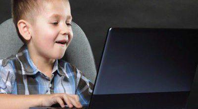 Tus hijos en Facebook: aprende a usar esta red social