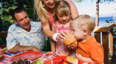 Ventajas e inconvenientes de llevarte a tus hijos pequeños de vacaciones
