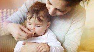 Cómo y cuando introducir alimentos sólidos en la dieta de un bebé