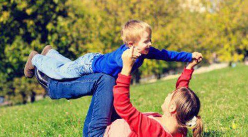 Cómo reír con los niños pequeños