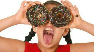 Las 6 comidas más perjudiciales para los niños y niñas