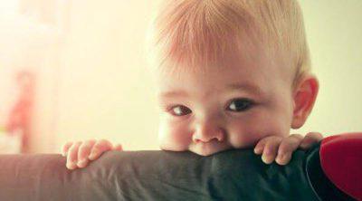 Consejos para evitar que tu hijo o hija muerda