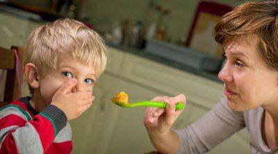 5 razones por las que no debemos obligar a comer a los niños