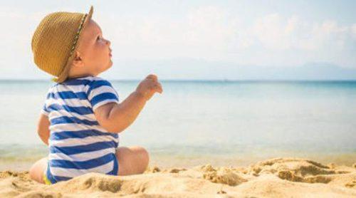 ¿Cuándo podemos llevar al bebé a la playa por primera vez?