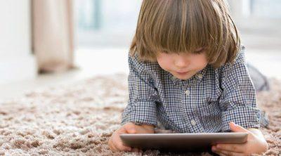 ¿Cuánto tiempo dejar a un niño jugar con la tablet?