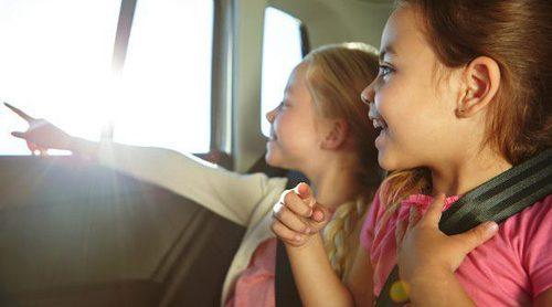 8 maneras de entretener a los niños en viajes largos