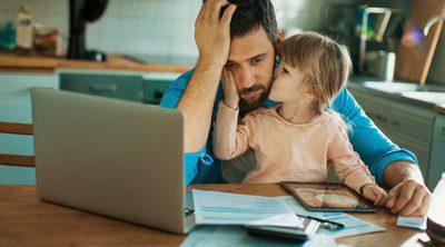 Trabajar desde casa cuando tienes hijos pequeños, ¿es posible?