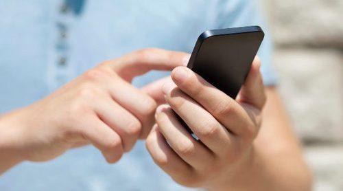 ¿Por qué no es recomendable que los niños tengan móvil?