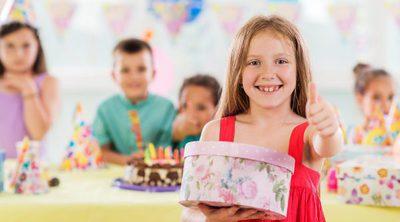 El riesgo de la excesiva estimulación de los niños con regalos