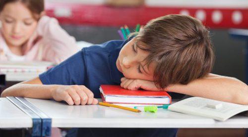 Signos que indican que un niño o niña no descansa bien