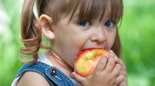 5 beneficios de la manzana en los niños