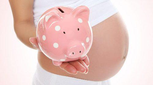 ¿Quién paga la baja por maternidad?