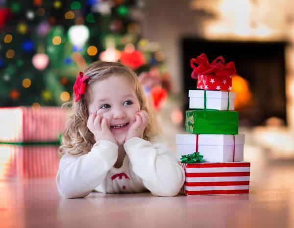 Cu ntos regalos hacer a nuestros hijos en navidad - Regalos navidad padres ...