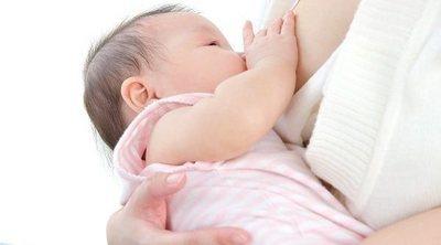 La leche materna refuerza la inmunidad del bebé