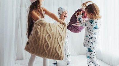 ¿Es buena idea dejar que tu hijo vaya a una fiesta de pijamas si tiene enuresis?