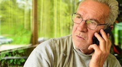 Consejos para hablar por teléfono con los nietos