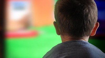 Reglas de televisión para tus hijos si trabajas desde casa