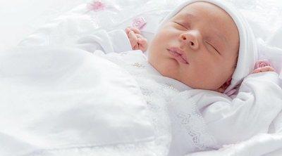 Consejos y cuidados importantes para los bebés recién nacidos