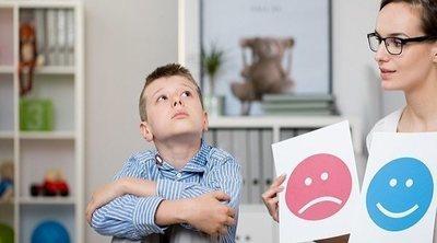 Síntomas de autismo en niños de 8 años