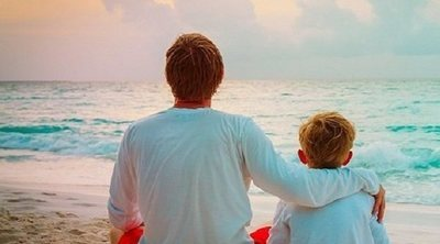 Padres gay e hijos que forman una familia