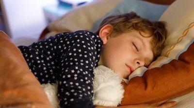 Cómo sacar a tu hijo de la cama por las mañanas