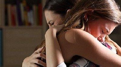 Cómo ayudar a un adolescente afligido