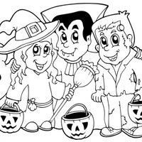 Bruja, vampiro y Frankenstein en Halloween