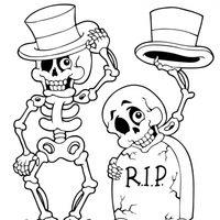 Esqueletos con sombrero en la tumba